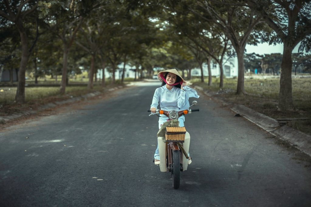 woman, moped, asia